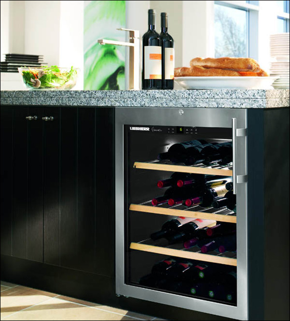 liebherr aging grandcru wine cabinets twisted lifestyle. Black Bedroom Furniture Sets. Home Design Ideas