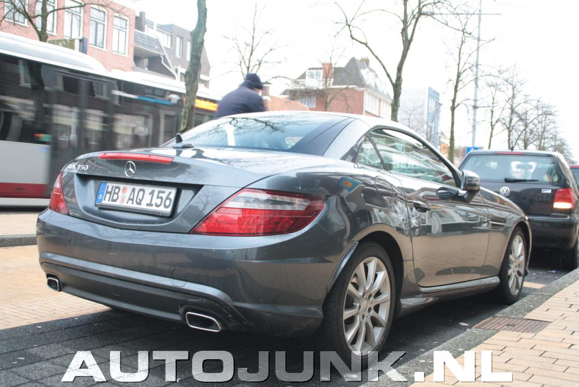 new slk r172 spotted in the netherlands mercedes benz. Black Bedroom Furniture Sets. Home Design Ideas