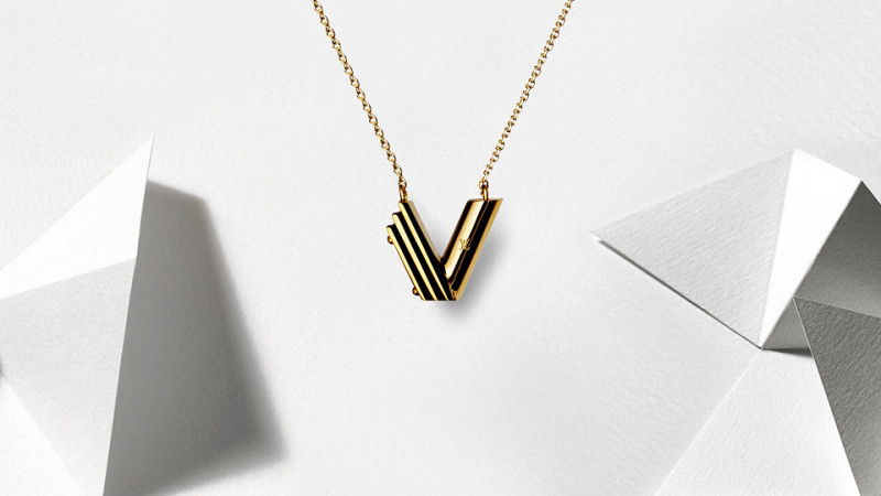 ab185333d0bb Louis Vuitton V Fashion Jewelry Collection